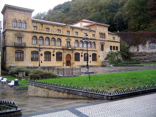 El país vasco y sus personalidades 47.60€ INFANTIL 1 Noche